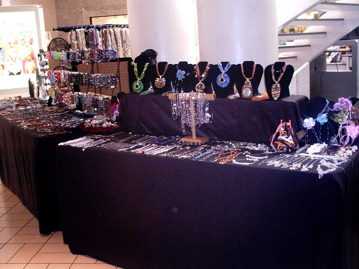Broadway mall craft shows for Craft fairs long island