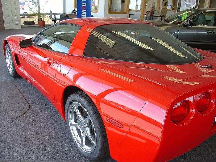Long Island Vettes Corvette Club Car Show